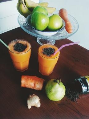 Zanahoria, jugo de naranja, pera, jengibre y chía: desayuno detox